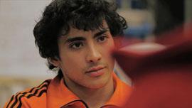 Matias listens to Fabrice.