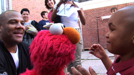 Kevin Clash and Elmo in  Being Elmo