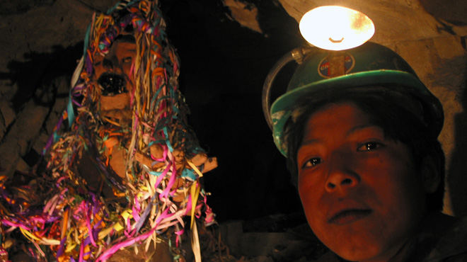 Basilio Vargas working in the mines