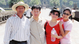 Poeuv Family: Nin Poeuv, Bros Poeuv, Houng Poeuv and Socheata Poeuv at Angkor Wat