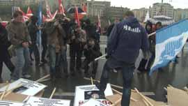 Nashi activist demonstrates against the opposition