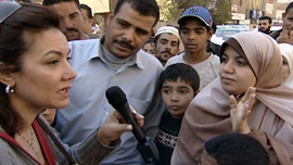Her move from newscaster to activist brought Bosayna Kamel out to the streets.