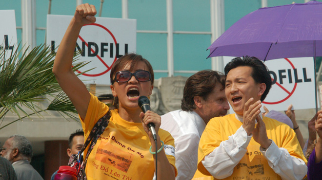 "Hai Au Huynh and US Congressman Anh ""Joseph"" Cao protesting outside of New Orleans City Hall , 2006"