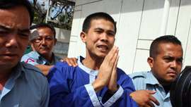 Born Samnang is released after five years in prison on Jan 1, 2009.